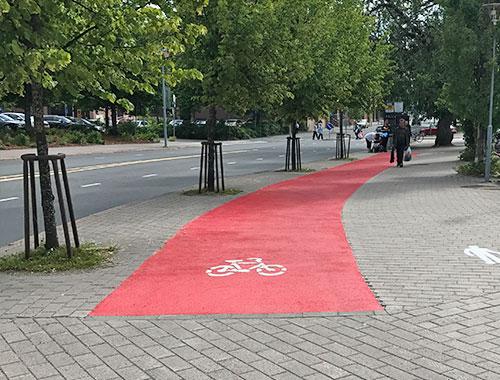 Pyörätie viimesteltynä Barrikade Steidekke Trafikk:lla